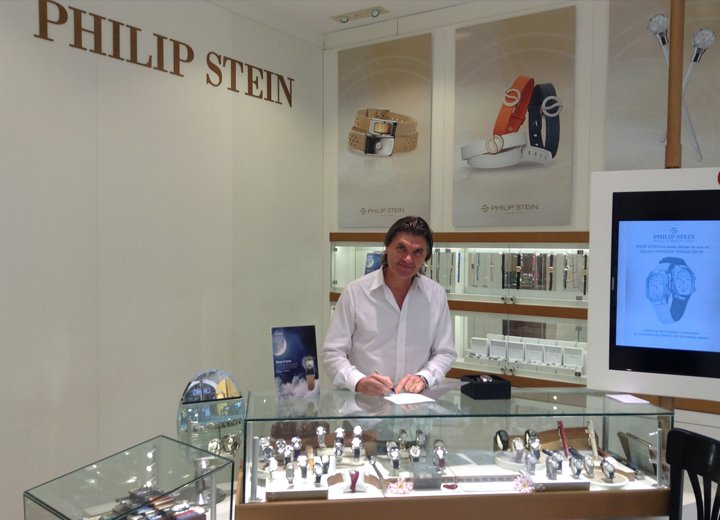 Will-Stein-at-the-PS-Boutique-in-Falmouth